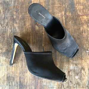 Zara Basic Satin Slides - 40